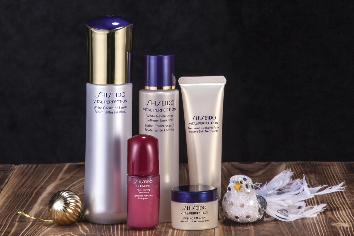 Shiseido Jessica Vital Perfection Treatment Cleansing Foam 30ml Ultimate Radiance Selection